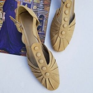 Vintage Angel Steps Canvas Button Heel 50s 60s